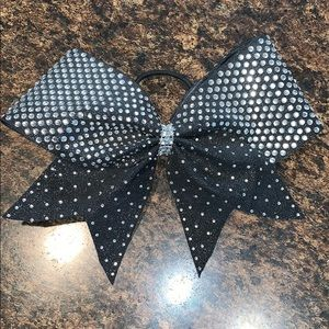 Accessories - Black Bow with Silver Bing